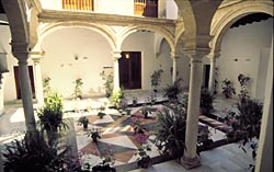 Palacios Patio 2