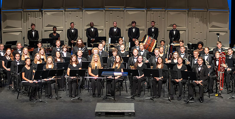 THE SYMPHONIC WINDS