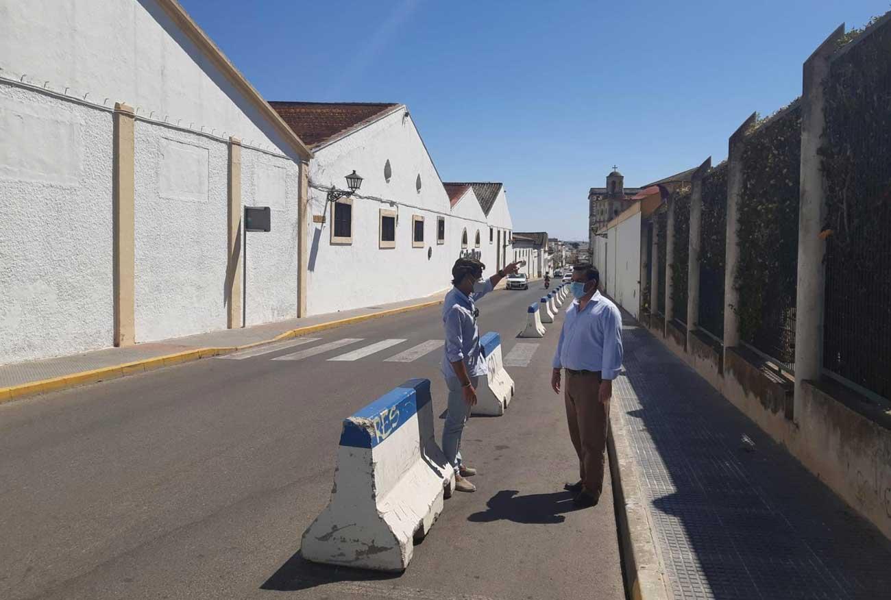 Mantenimiento Urbano incrementa la seguridad vial en la entrada a los centros educativos