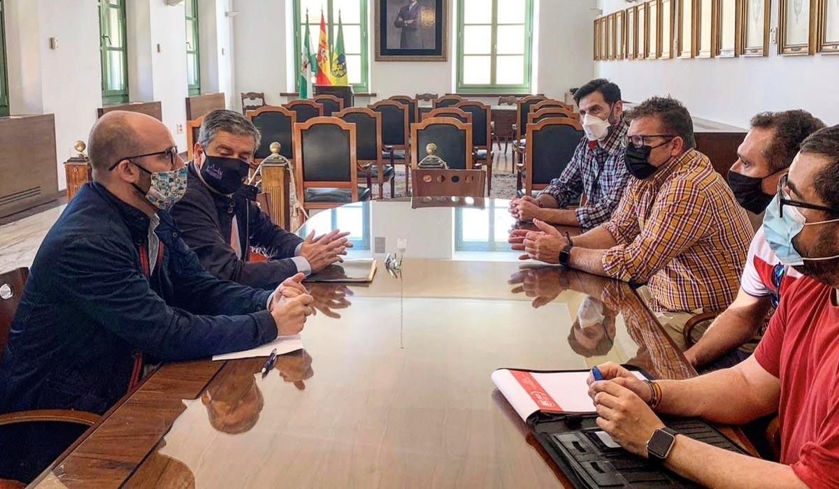 Germán Beardo reúne a Apemsa y representantes de trabajadores de la EDAR Las Galeras para avanzarles que el nuevo pliego incluyen sus reivindicaciones históricas