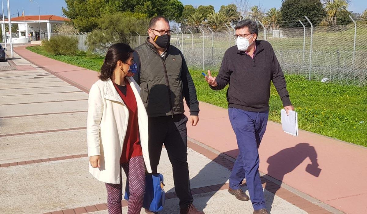 Javier Bello visita Fuentebravía con la Asociación de Vecinos de la zona