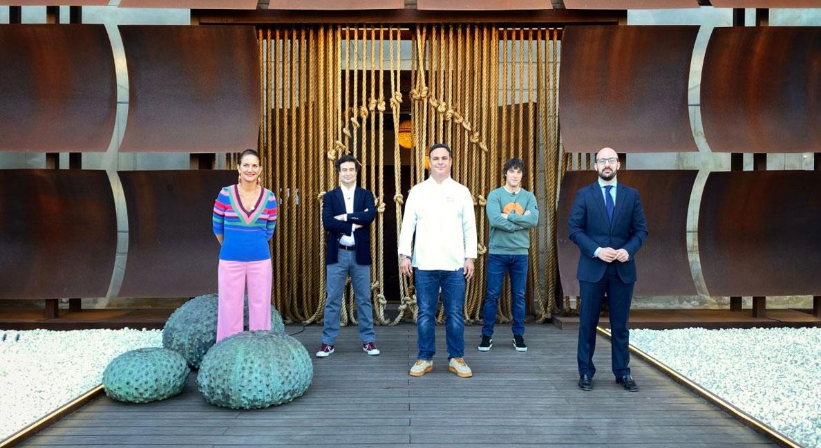Germán Beardo felicita al Chef del Mar por seguir llevando el nombre de El Puerto a lo más alto del mapa gastronómico mundial