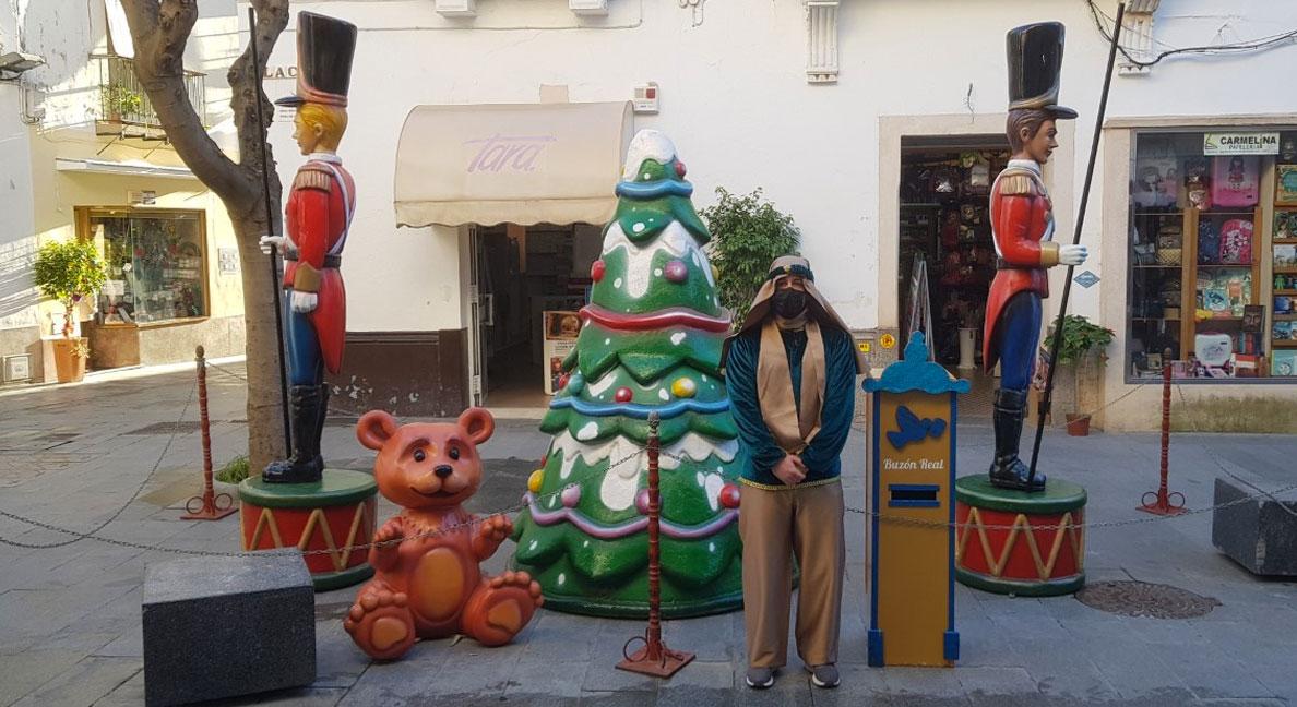El Buzón del Cartero Real se encontrará esta mañana en la calle Placilla y por la tarde en el Parque de la Paz, en Valdelagrana