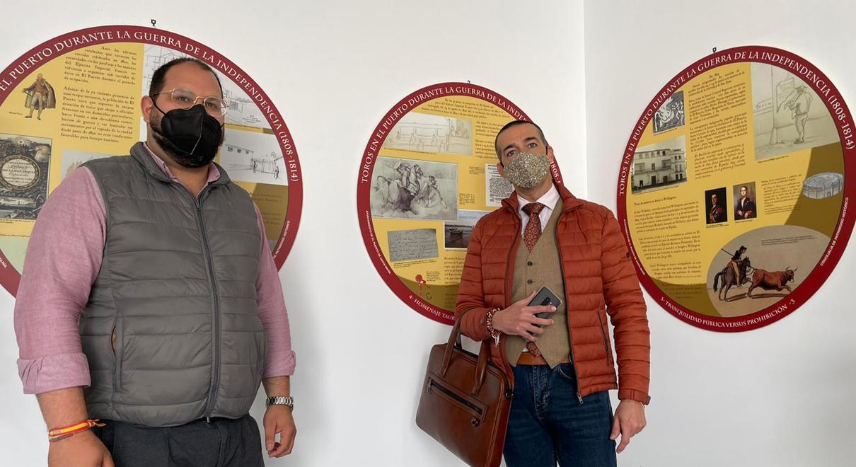 """Inaugurada en el Centro Cívico la exposición """"Toros en El Puerto durante la Guerra de la Independencia (1808-1814)"""""""