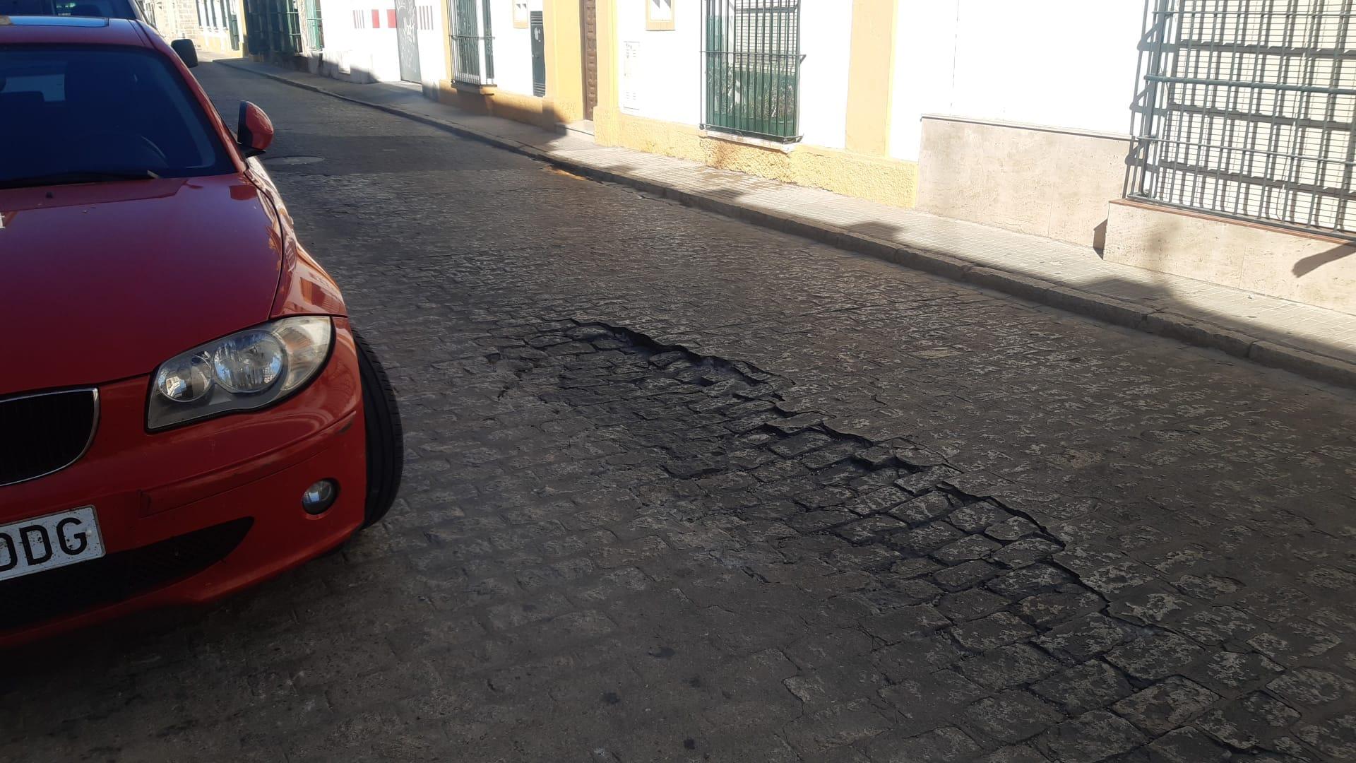 Aviso de corte de tráfico e itinerario alternativo para ejecutar una obra de reparación en calle San Bartolomé