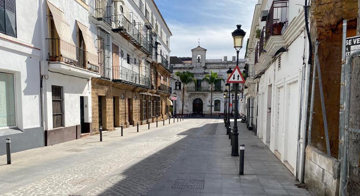 Mantenimiento Urbano finaliza el arreglo del adoquinado de la calle Palacios